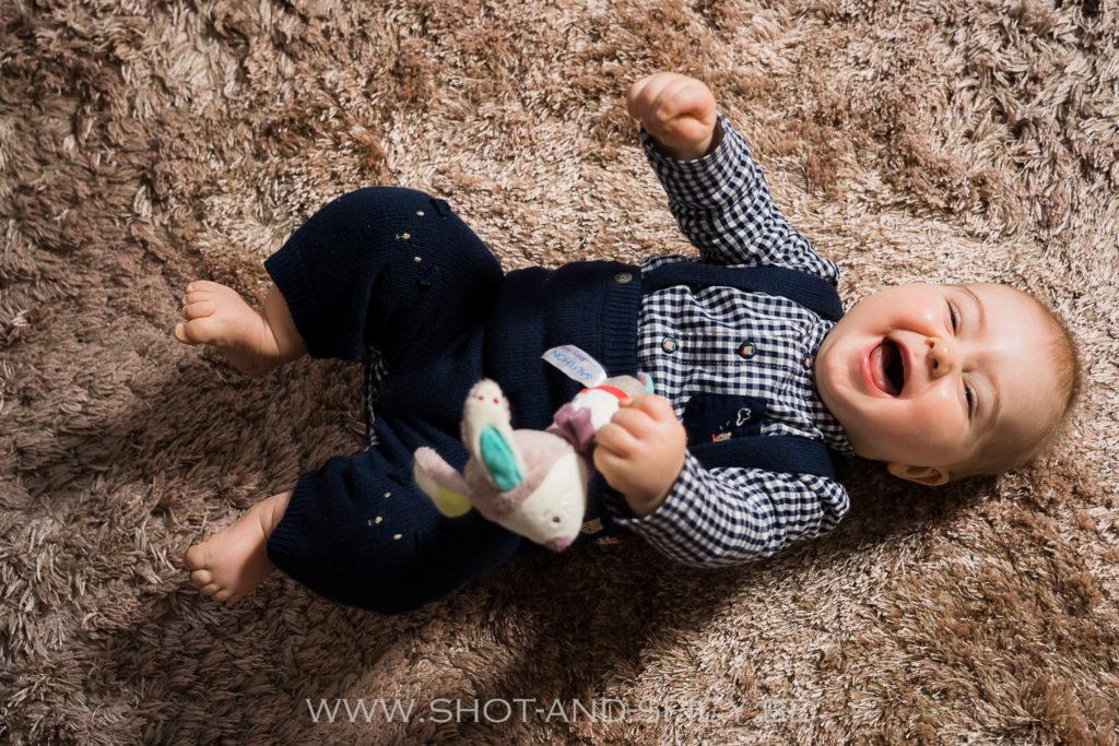 photographe bébé bw